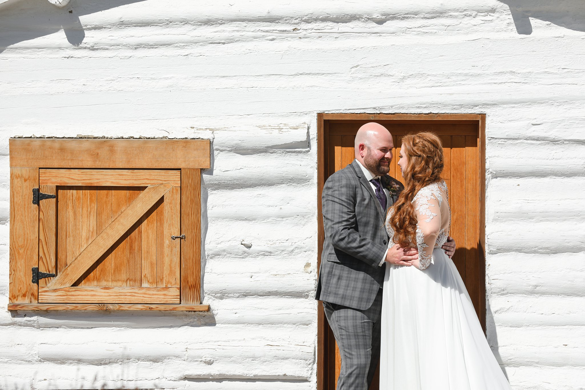 AshleyDaphnePhotography Calgary Wedding Photographer Rouge Inglewood Bride Groom Photography_0077.jpg