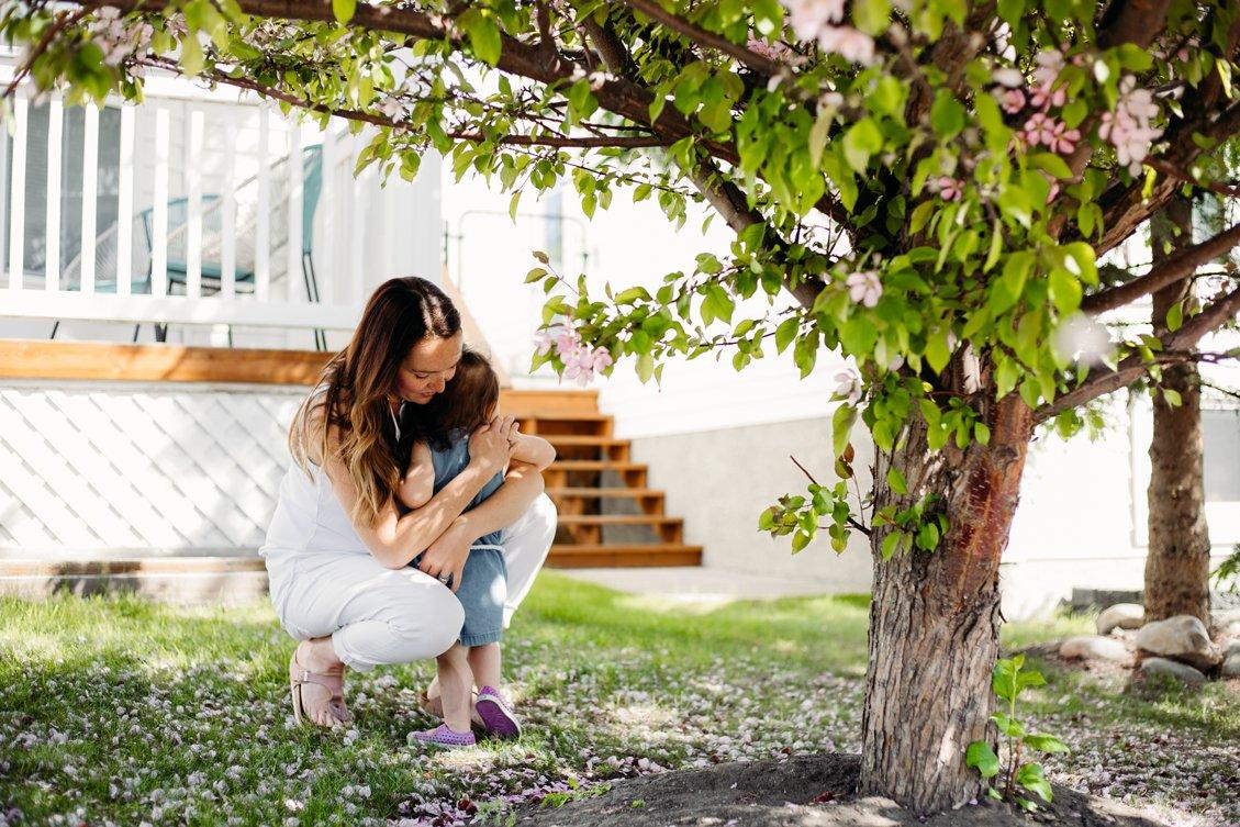 Ashley Daphne Photography,Calgary Alberta Photographer,cherry blossoms,family photographer,family portraits,newborn photographer,photography,spring,yyc,
