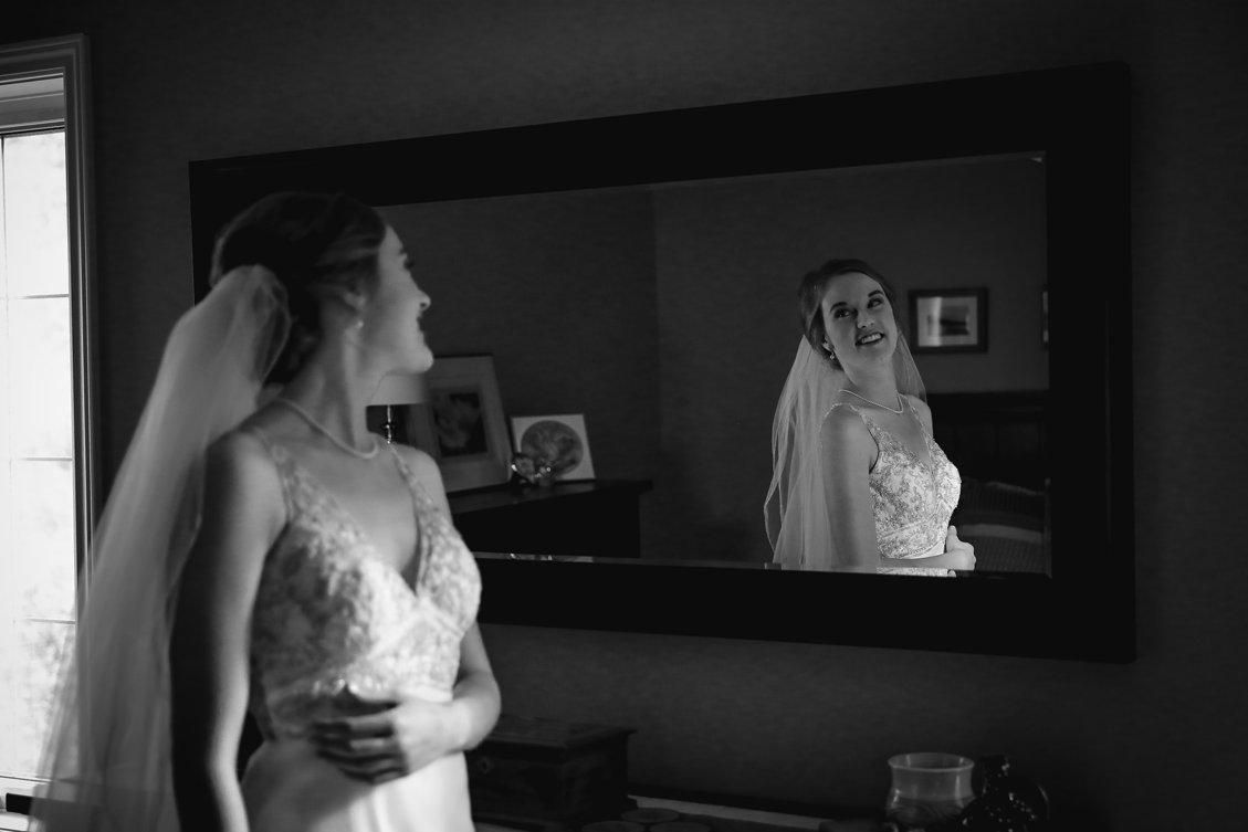 AshleyDaphnePhotography Wedding Photographer Mutart Old Timers Cabin Edmonton Calgary Country Rustic Western_0114.jpg