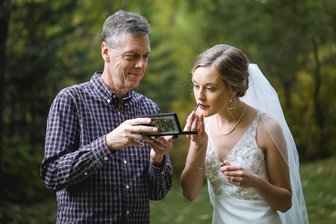 AshleyDaphnePhotography Wedding Photographer Mutart Old Timers Cabin Edmonton Calgary Country Rustic Western_0122.jpg