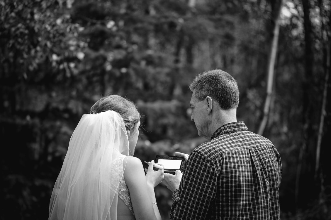 AshleyDaphnePhotography Wedding Photographer Mutart Old Timers Cabin Edmonton Calgary Country Rustic Western_0123.jpg