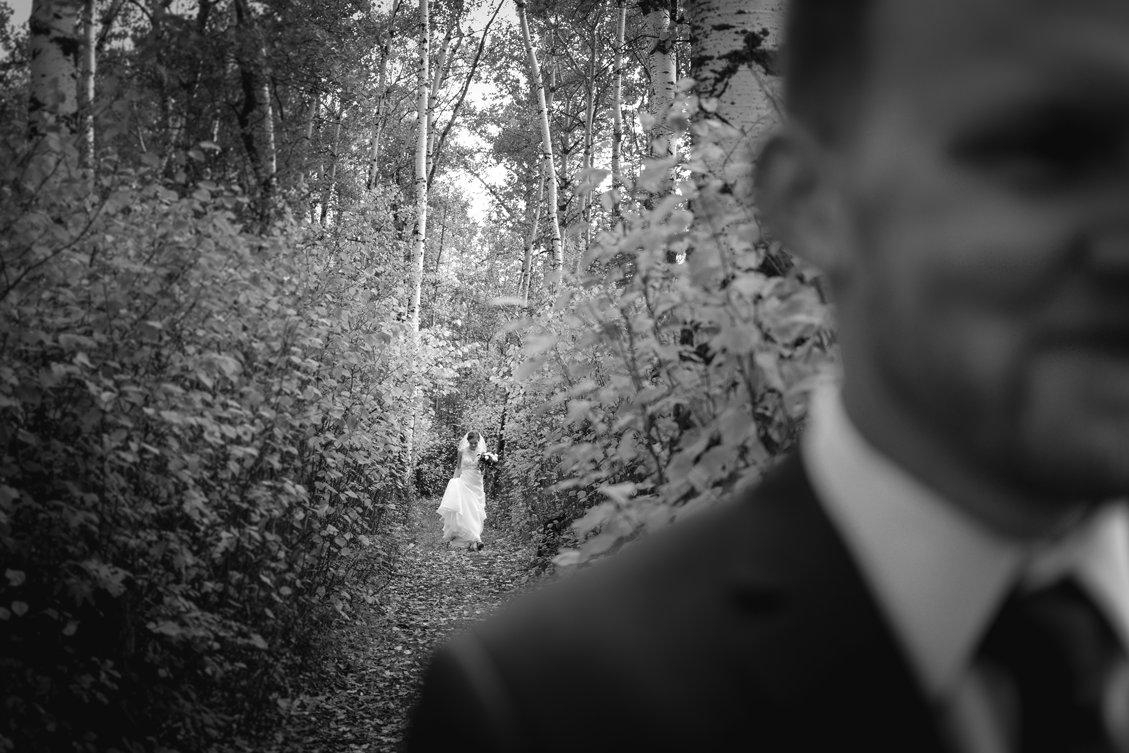 AshleyDaphnePhotography Wedding Photographer Mutart Old Timers Cabin Edmonton Calgary Country Rustic Western_0126.jpg