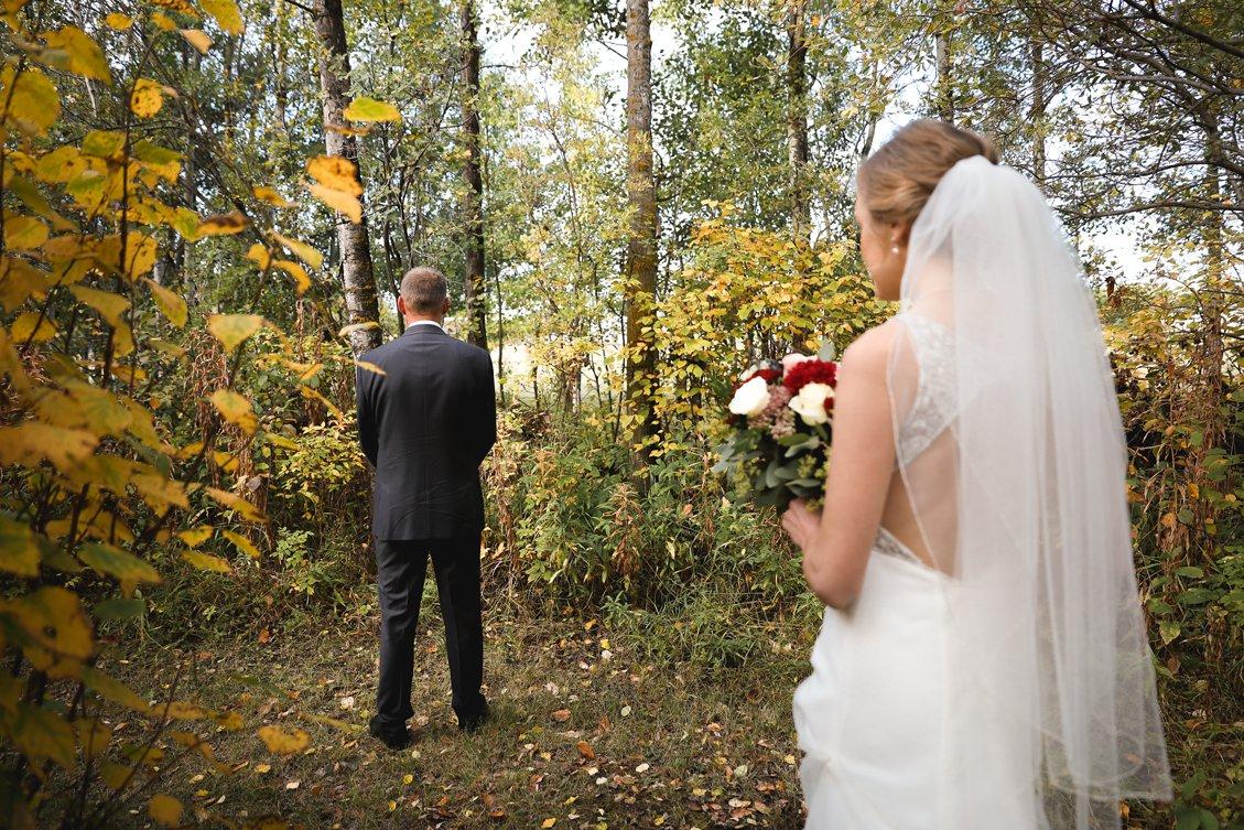 AshleyDaphnePhotography Wedding Photographer Mutart Old Timers Cabin Edmonton Calgary Country Rustic Western_0128.jpg