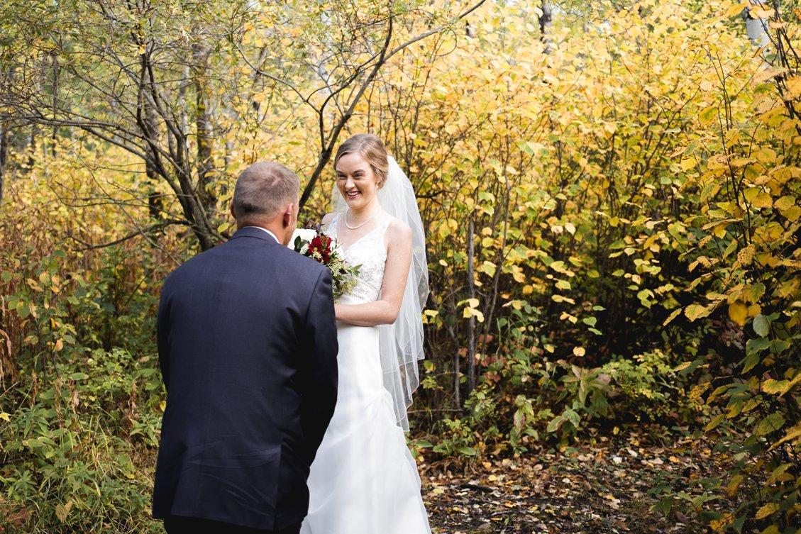 AshleyDaphnePhotography Wedding Photographer Mutart Old Timers Cabin Edmonton Calgary Country Rustic Western_0133.jpg