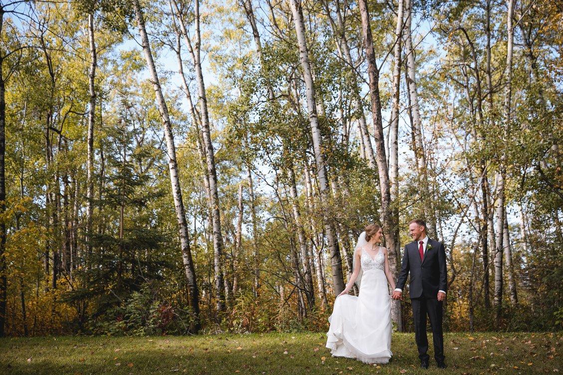 AshleyDaphnePhotography Wedding Photographer Mutart Old Timers Cabin Edmonton Calgary Country Rustic Western_0163.jpg