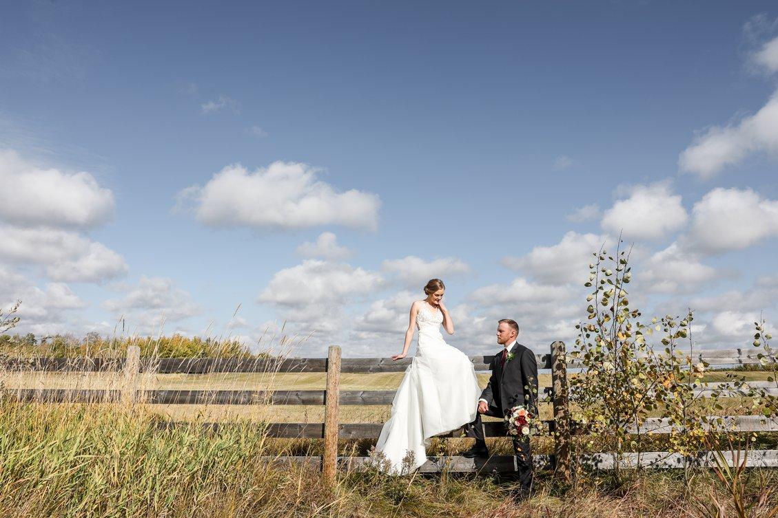 AshleyDaphnePhotography Wedding Photographer Mutart Old Timers Cabin Edmonton Calgary Country Rustic Western_0179.jpg