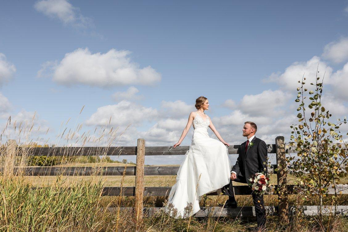 AshleyDaphnePhotography Wedding Photographer Mutart Old Timers Cabin Edmonton Calgary Country Rustic Western_0181.jpg