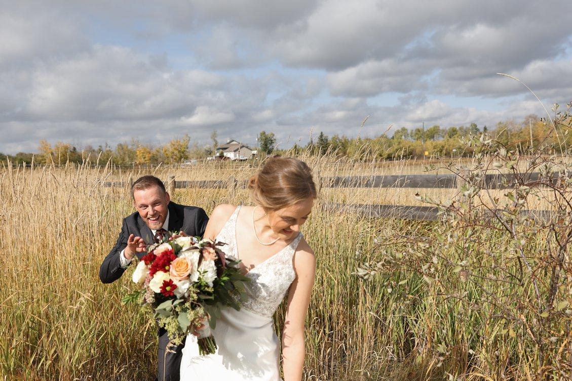 AshleyDaphnePhotography Wedding Photographer Mutart Old Timers Cabin Edmonton Calgary Country Rustic Western_0186.jpg