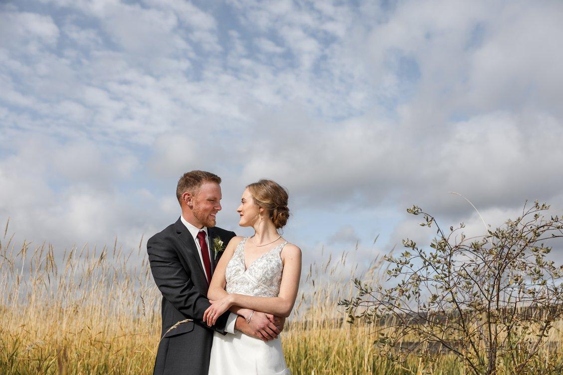 AshleyDaphnePhotography Wedding Photographer Mutart Old Timers Cabin Edmonton Calgary Country Rustic Western_0189.jpg