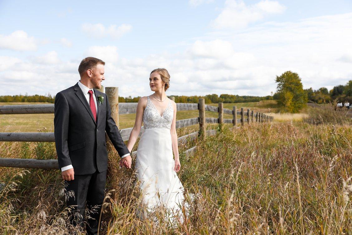 AshleyDaphnePhotography Wedding Photographer Mutart Old Timers Cabin Edmonton Calgary Country Rustic Western_0193.jpg