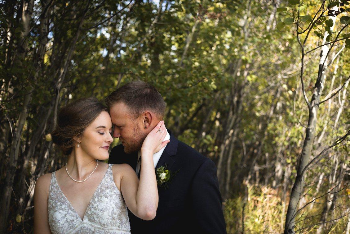 AshleyDaphnePhotography Wedding Photographer Mutart Old Timers Cabin Edmonton Calgary Country Rustic Western_0206.jpg