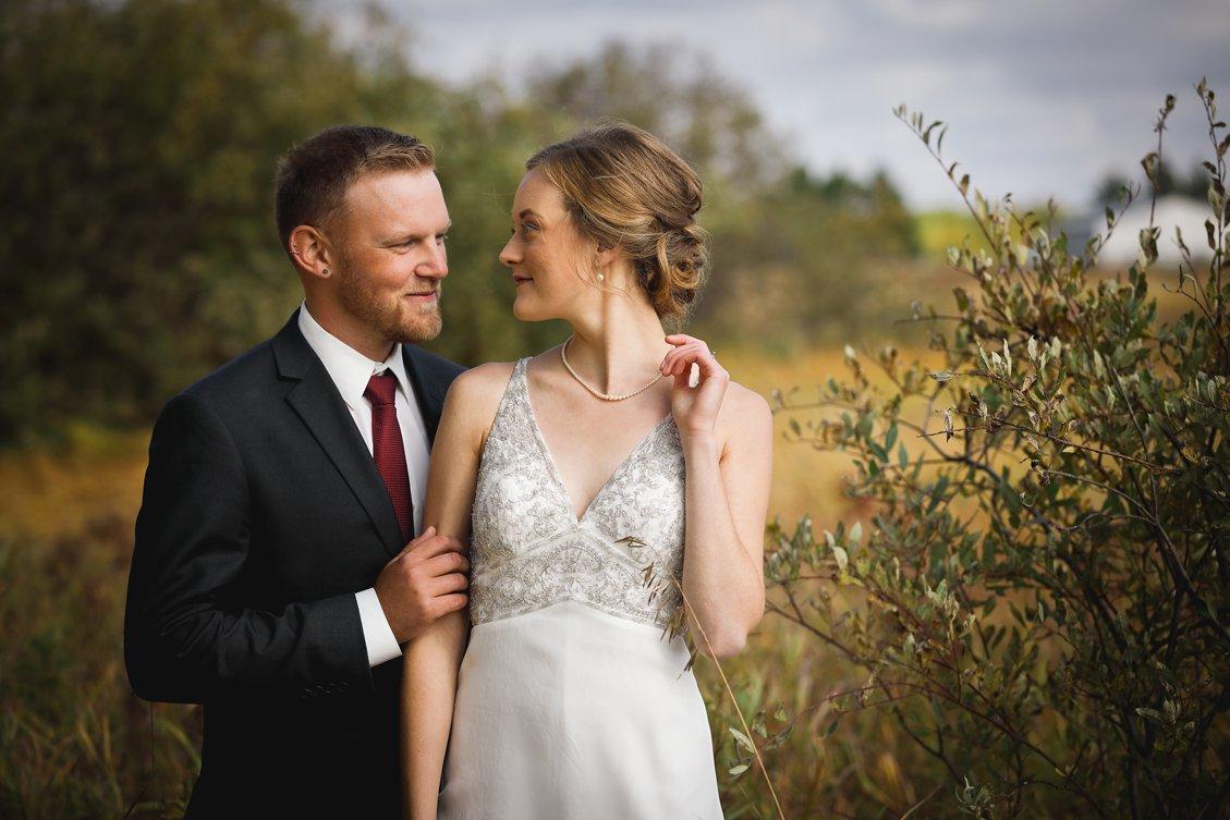 AshleyDaphnePhotography Wedding Photographer Mutart Old Timers Cabin Edmonton Calgary Country Rustic Western_0213.jpg
