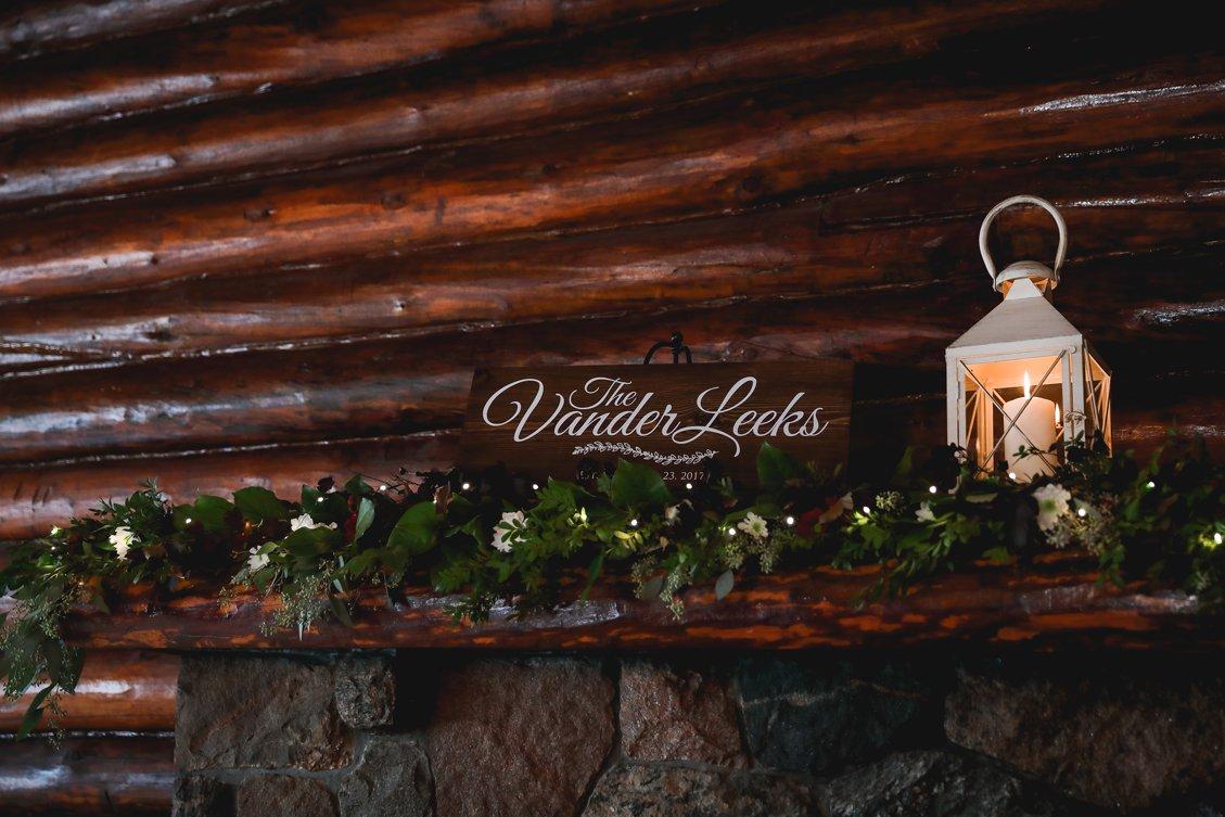 AshleyDaphnePhotography Wedding Photographer Mutart Old Timers Cabin Edmonton Calgary Country Rustic Western_0218.jpg