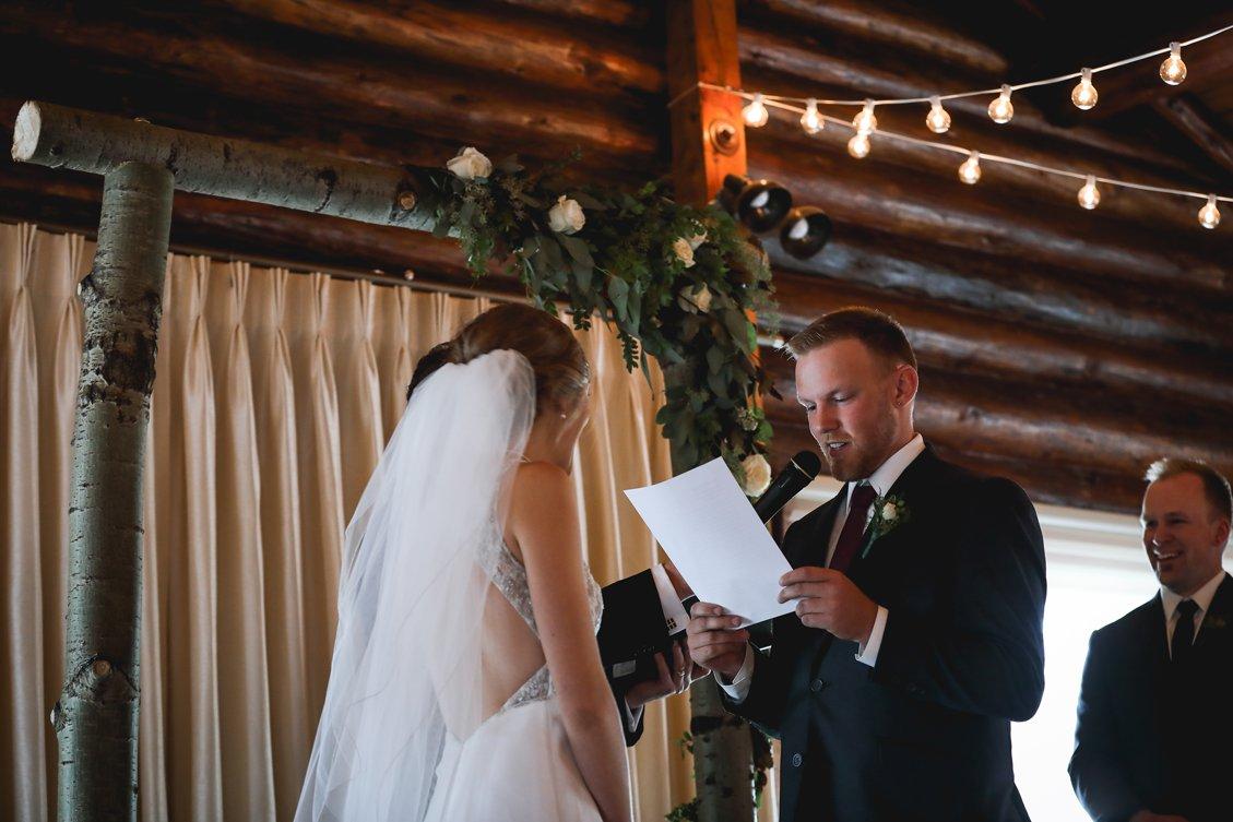 AshleyDaphnePhotography Wedding Photographer Mutart Old Timers Cabin Edmonton Calgary Country Rustic Western_0285.jpg