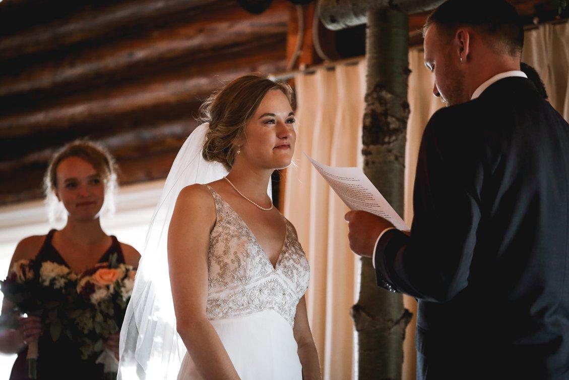 AshleyDaphnePhotography Wedding Photographer Mutart Old Timers Cabin Edmonton Calgary Country Rustic Western_0286.jpg