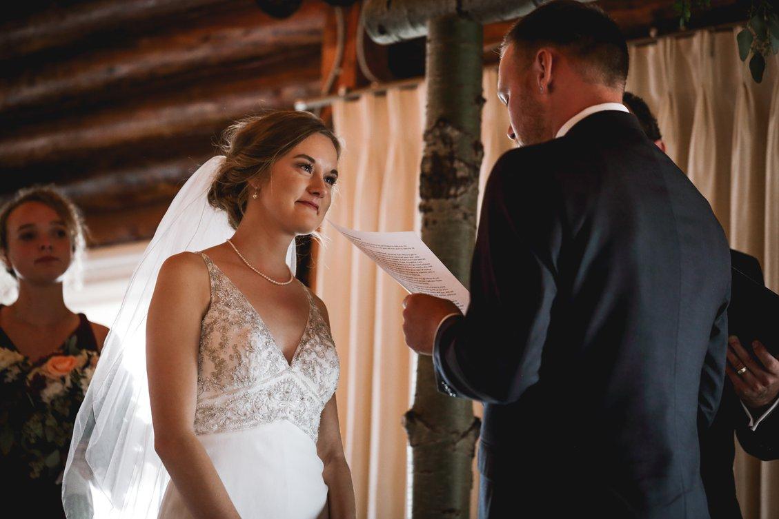 AshleyDaphnePhotography Wedding Photographer Mutart Old Timers Cabin Edmonton Calgary Country Rustic Western_0288.jpg