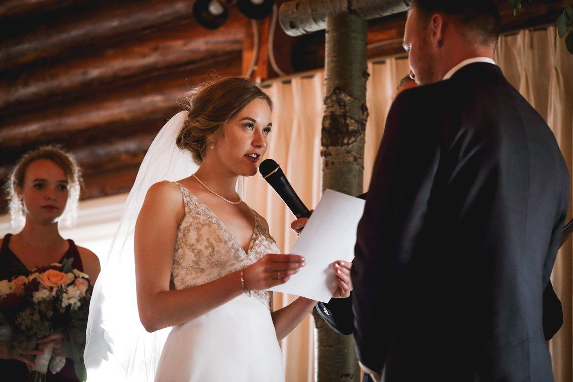 AshleyDaphnePhotography Wedding Photographer Mutart Old Timers Cabin Edmonton Calgary Country Rustic Western_0295.jpg