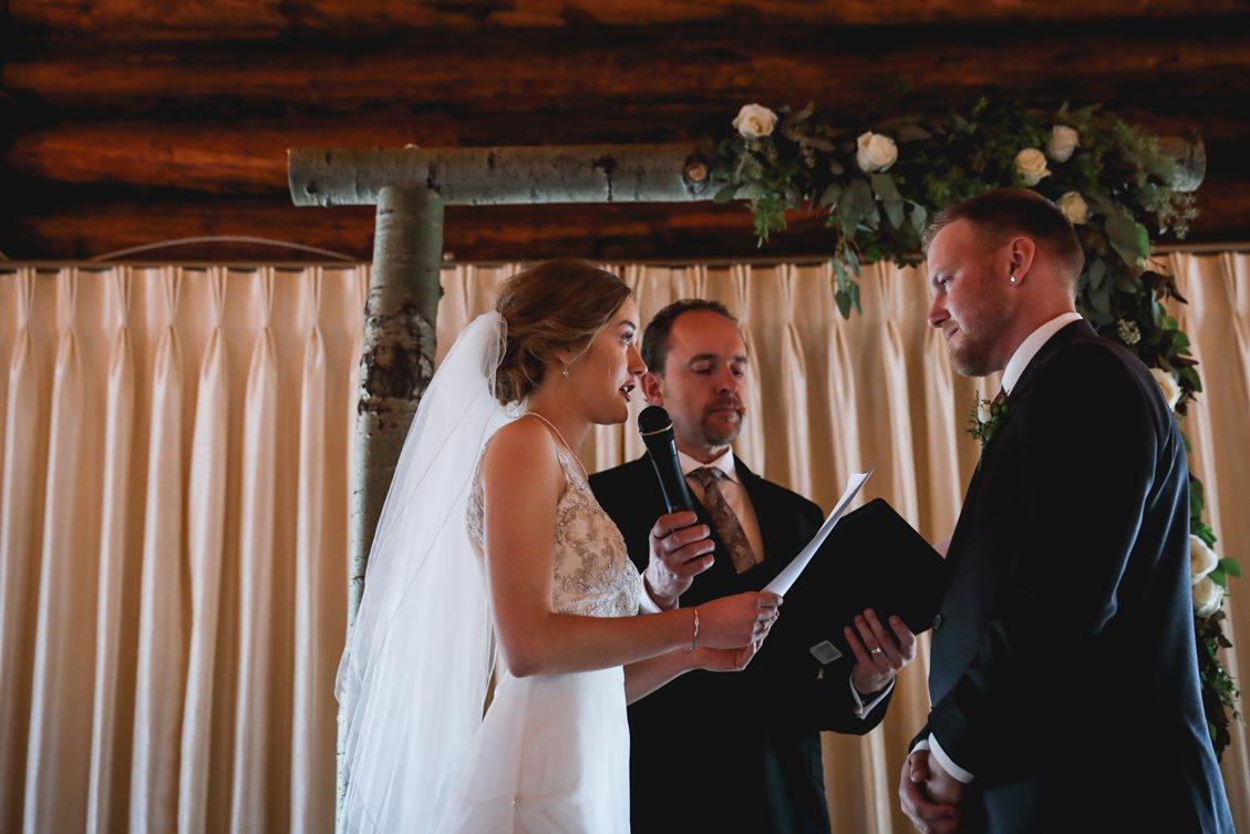 AshleyDaphnePhotography Wedding Photographer Mutart Old Timers Cabin Edmonton Calgary Country Rustic Western_0296.jpg