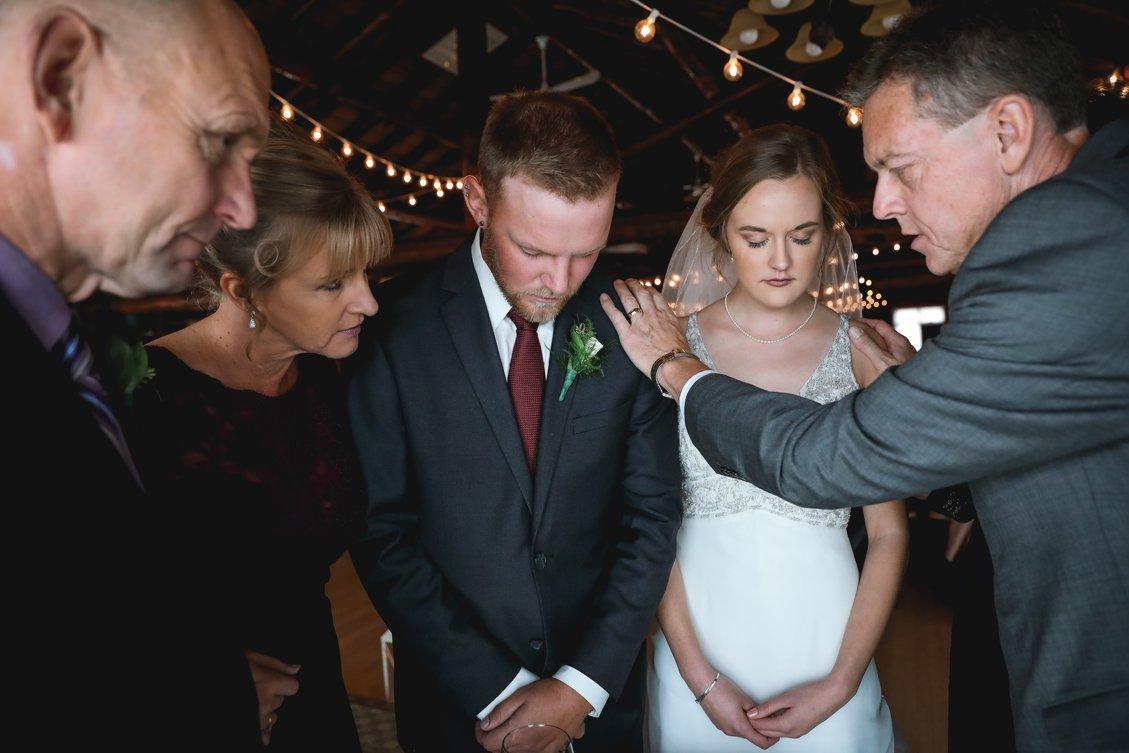 AshleyDaphnePhotography Wedding Photographer Mutart Old Timers Cabin Edmonton Calgary Country Rustic Western_0317.jpg
