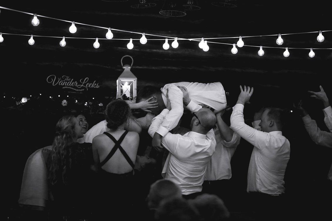 AshleyDaphnePhotography Wedding Photographer Mutart Old Timers Cabin Edmonton Calgary Country Rustic Western_0411.jpg