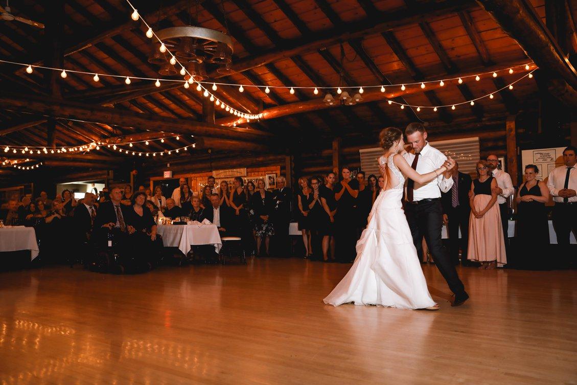AshleyDaphnePhotography Wedding Photographer Mutart Old Timers Cabin Edmonton Calgary Country Rustic Western_0484.jpg