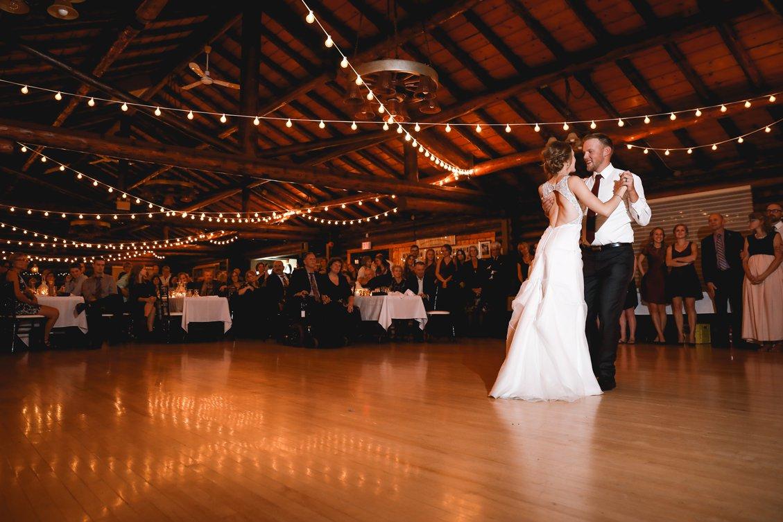 AshleyDaphnePhotography Wedding Photographer Mutart Old Timers Cabin Edmonton Calgary Country Rustic Western_0485.jpg