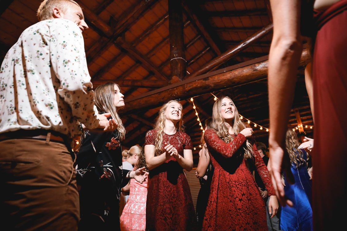 AshleyDaphnePhotography Wedding Photographer Mutart Old Timers Cabin Edmonton Calgary Country Rustic Western_0495.jpg