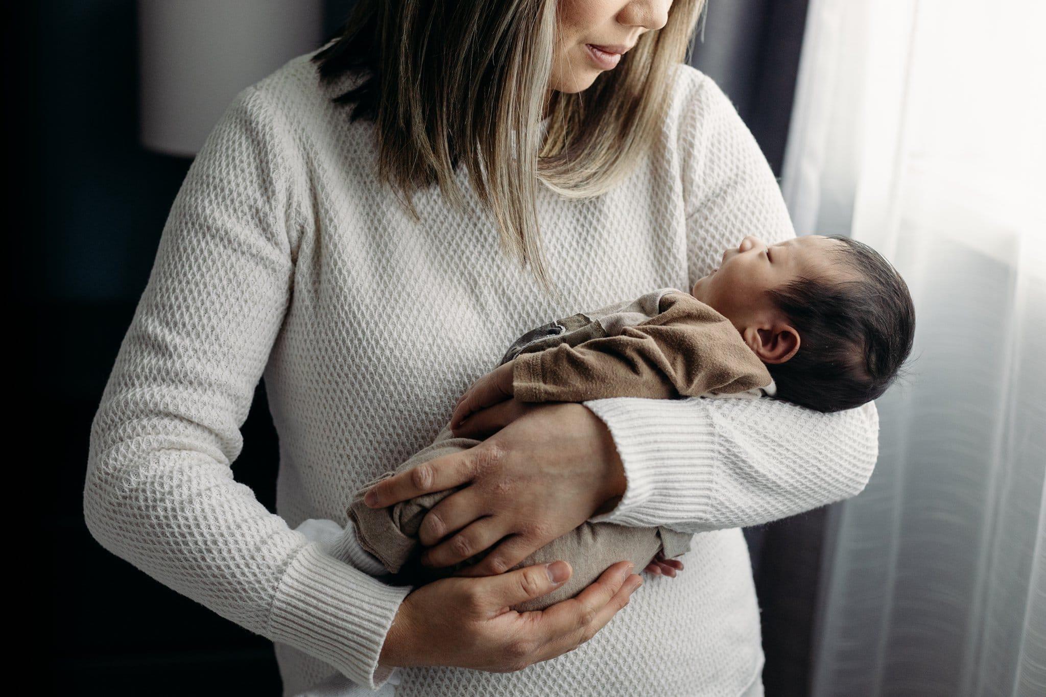 Ashley Daphne Photography Calgary Family Photographer Newborn Lifestyle Photos_0013.jpg