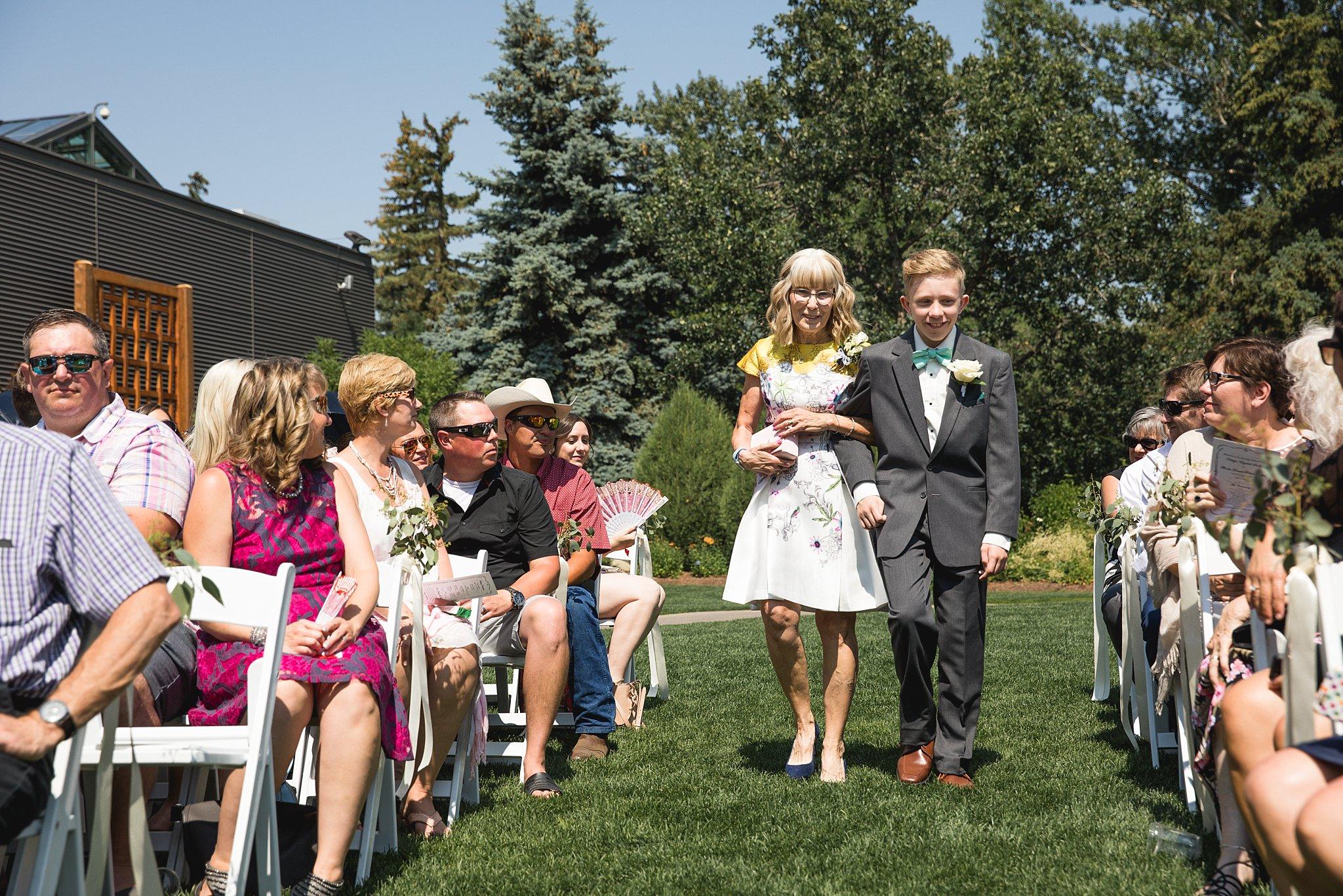 Ashley Daphne Photography Calgary Wedding Couple Family Photographer Calgary Zoo Summer Wedding Outdoor Ceremony_0046.jpg