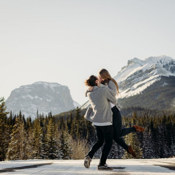couple mountain adventure session photography engagement photos